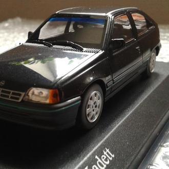 Модель легкового автомобиля OPEL KADETT E ( 1989г черный.)Minichamps 1:43