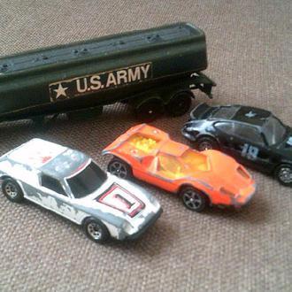 Corgi (Британия) -  цистерна US.Army + машинки(3шт)