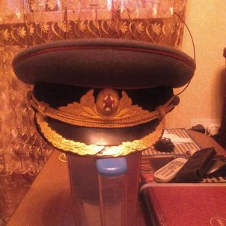 Фуражка парадная бронетанковых войск  р 56.