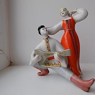 Статуэтка СССР Танец с балалайкой фарфор