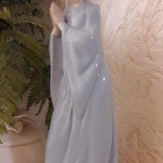 Фарфоровая статуэтка NAO Испания