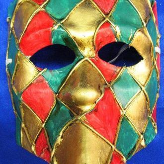 Маска веницианского карнавала