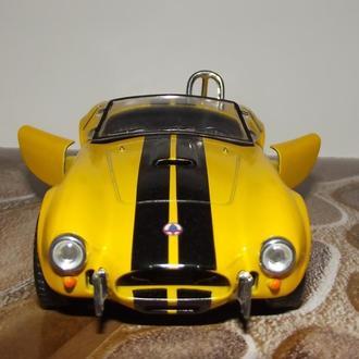 Модель авто Shelby Cobra 427 - желтая / kinsmart
