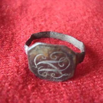 Перстень с монограмой 18в