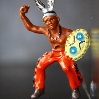индейцы ковбои ГДР( №014) незаводская окраска