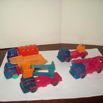 Игрушка машинка про-во СССР(набор)