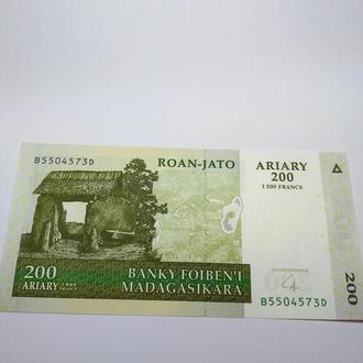 200 ариари/1000 франков Мадагаскар, Пресс,. Unc