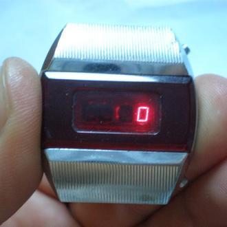 часы электроника 1 пульсар полурабочие 21085