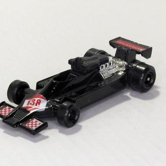 Formula 1 Tornado 138 made in Hong Kong черная