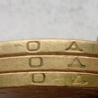 1 гривна 2001 год Штамп: 1 АД 1-2-3.
