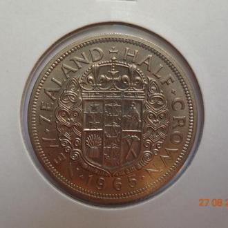 """Новая Зеландия 1/2 кроны 1965 Elizabeth II """"Crowned shield"""" состояние UNC (из банковского набора)"""