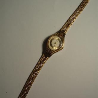 Часы женские Луч .
