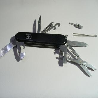 Нож швейцарский Victorinox