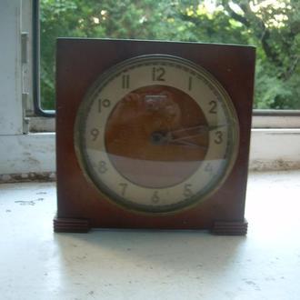 Каминные часы Весна,ключ,СССР