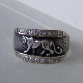 Кольцо с пантерой, серебро 925пр., чернение.