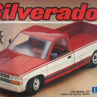 Сборная модель автомобиля Chevrolet  C-1500 Silverado  1:25 MPC