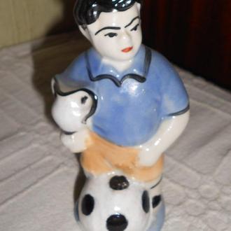 статуэтка -Футболист