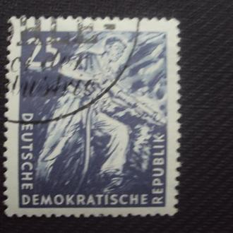 ГДР 1957. гаш.