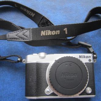 Цифровая фотокамера NIKON 1 J5 новая дешевле, чем в магазине