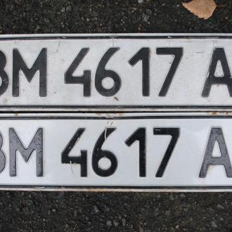 Номер автомобильный. Авто № номера парні, пара, Україна.