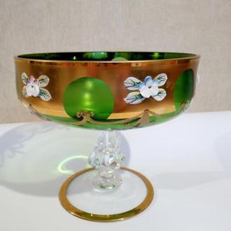 Чаша из богемского цветного стекла