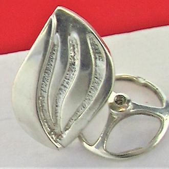Значок серебро 800 проба Газовая компания 1,87 грамма