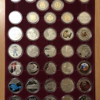 юбилейные монеты украины 180 шт все монеты разные в капсулах и в блистерах не открывались