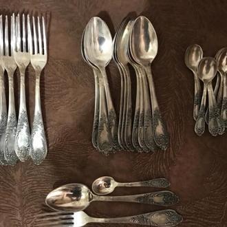 Срочно продам столовое серебро, МНЦ, полный набор, 36 приборов.