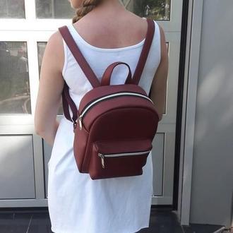 Очень красивый женский рюкзак бордовый