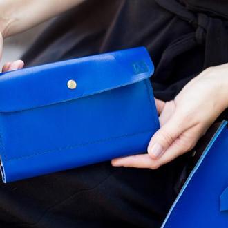 синий кожаный клатч