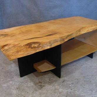 Журнальный стол из массива клена