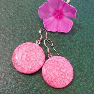 Яркие розовые серьги