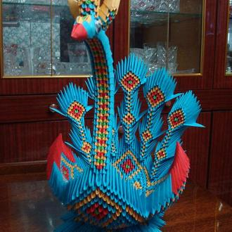 Павлин – ладья из 3 d модульного оригами.