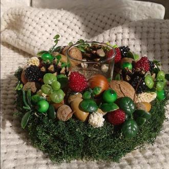 Декоративный подсвечник из природных материалов с малиной «Ягодный».