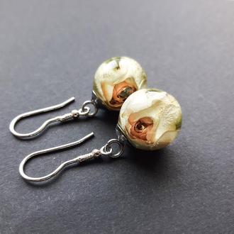 Серебряные серьги с белыми розами