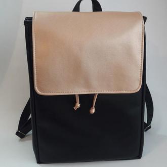 Большой женский рюкзак черный с золотым