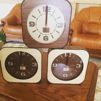 Настенные настольные часы Квадрат