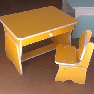 Столик и стульчик с регулировкой высоты. Желтый. Николаев. Украина.