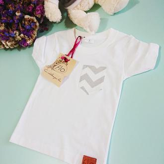 Качественная футболка хлопок с ярким карманчиком