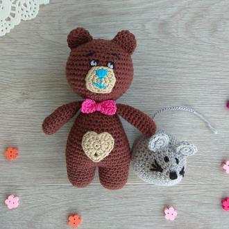 Погремушка грызунок Медвежонок вязаный крючком подарок ручной работы