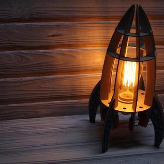 Деревянный ночник ракета