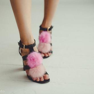 Меховые помпоны для обуви
