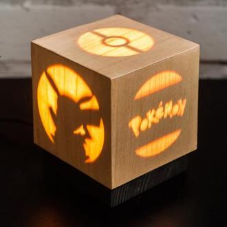 """Дерев'яна нічна лампа зі шпоном """"Покемон"""""""
