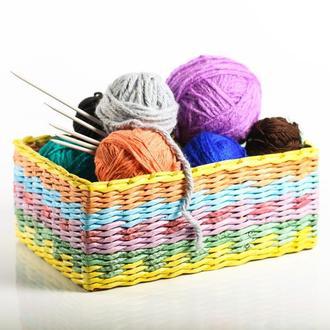 Плетеная коробка для хранения