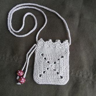Миниатюрная сумочка на шею
