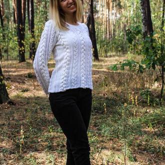 Белый ажурный свитер