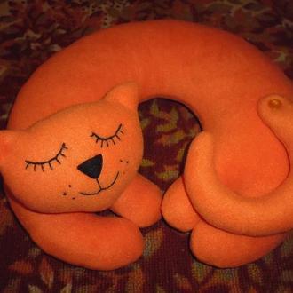 Дорожная подушка-игрушка