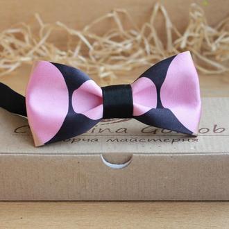 Галстук бабочка черно-розовый