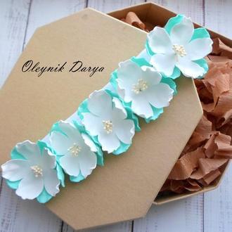 Повязочка с цветочками из фоамирана для девочки