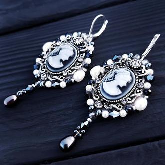 Сережки для нареченої розшиті натуральними перлами серьги для невесты расшитые жемчугом кристаллами